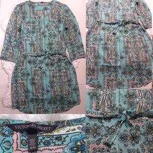 Victoria's Secret Paisley Frame Shirt Dres…